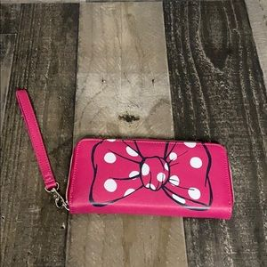Minnie Mouse clutch wallet